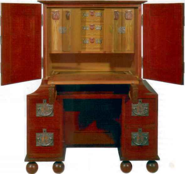 English Arts And Craft Furniture