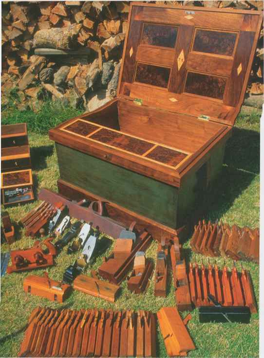 early twentieth century cabinet maker's tool chest - Page 2